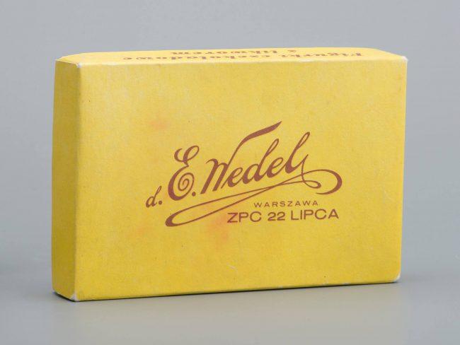 """Opakowanie po czekoladkach """"Figurki czekoladowe z likworem"""", MHW 29333"""