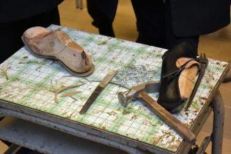 """""""Jak powstają buty"""" – pokaz tradycyjnego szewstwa"""