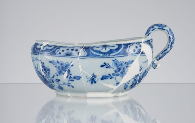 Bourdaloue type chamber pot