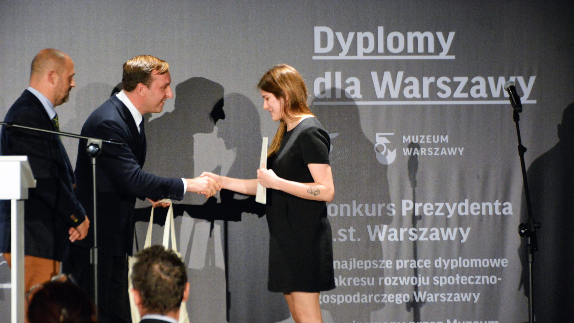 Oto laureatki ilaureaci konkursu Dyplomy dla Warszawy