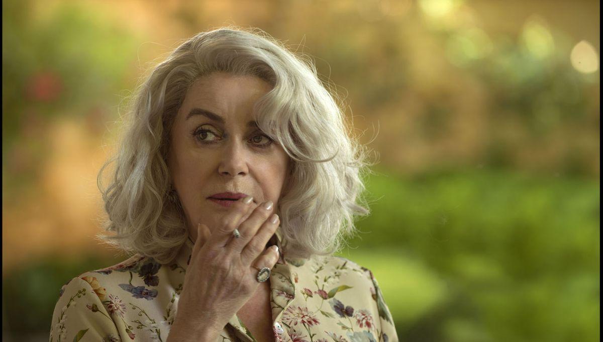 La dernière folie de Claire Darling, dir. Julie Bertuccelli