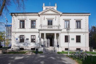 Prace nadtermomodernizacją budynku Muzeum Woli