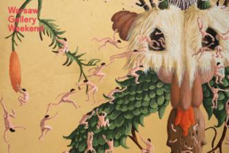 Fragment obrazu: dziwaczna roślina przypominająca twarz i kilkanaście nagich figurek człowieka w różnych pozach. W lewym górnym rogu czerwony napis: Warsaw Gallery Weekend